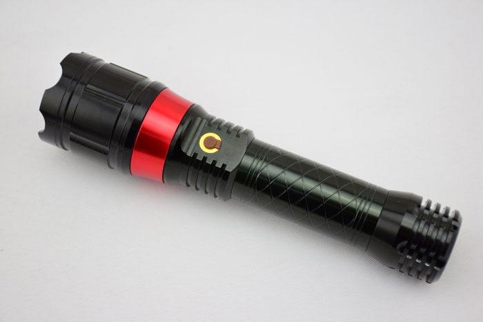 ライトつき小型レーザーポインター