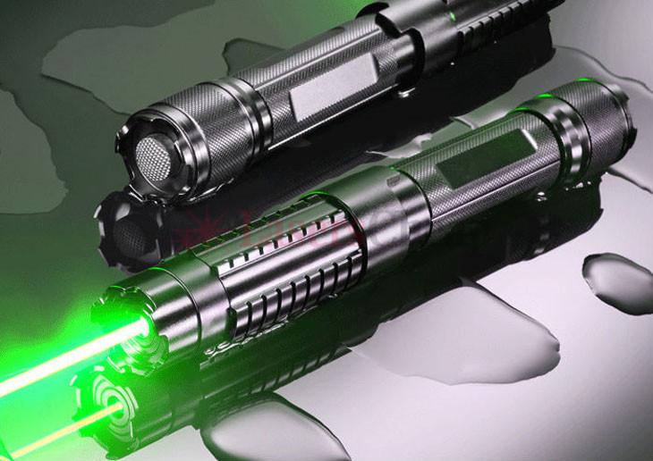 グリーンレーザーポインター5000mw