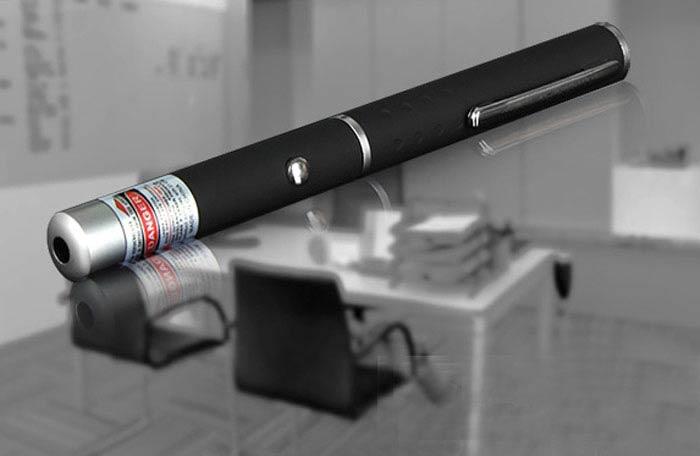 緑色レーザーポインターペン型