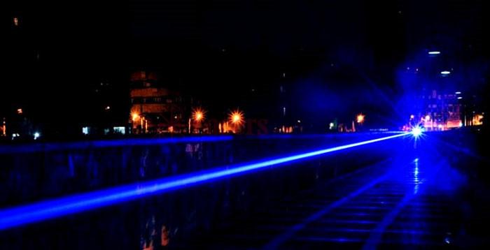 青色2000mwレーザー