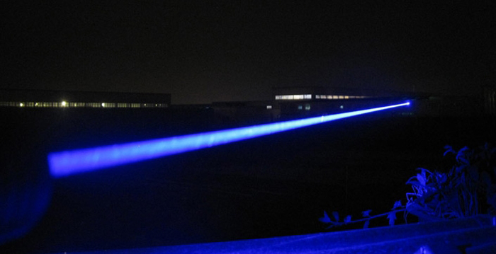 強力レーザーポインター30000mw