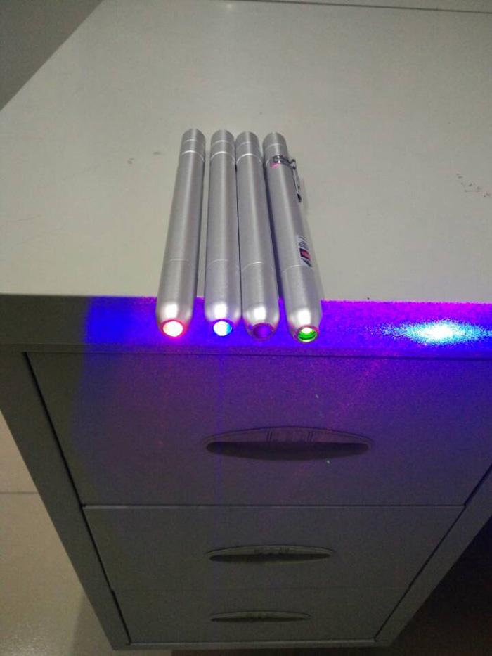 レーザーポインター 緑光 赤光 青光 紫光