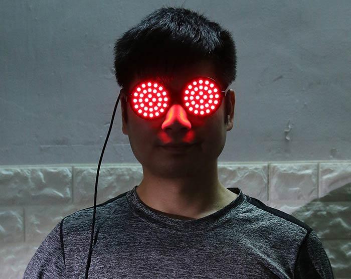 メガネ 光る眼鏡グッズ